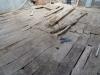 Particolare tavole avallate del solaio in legno da rifare